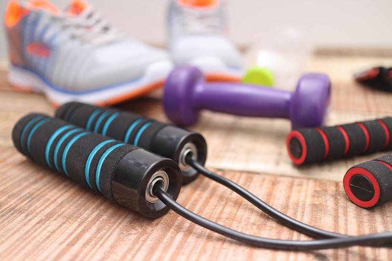Une activité intense pendant 1 à 2 heures par semaine réduit de 30% le risque d'arthrose du genou
