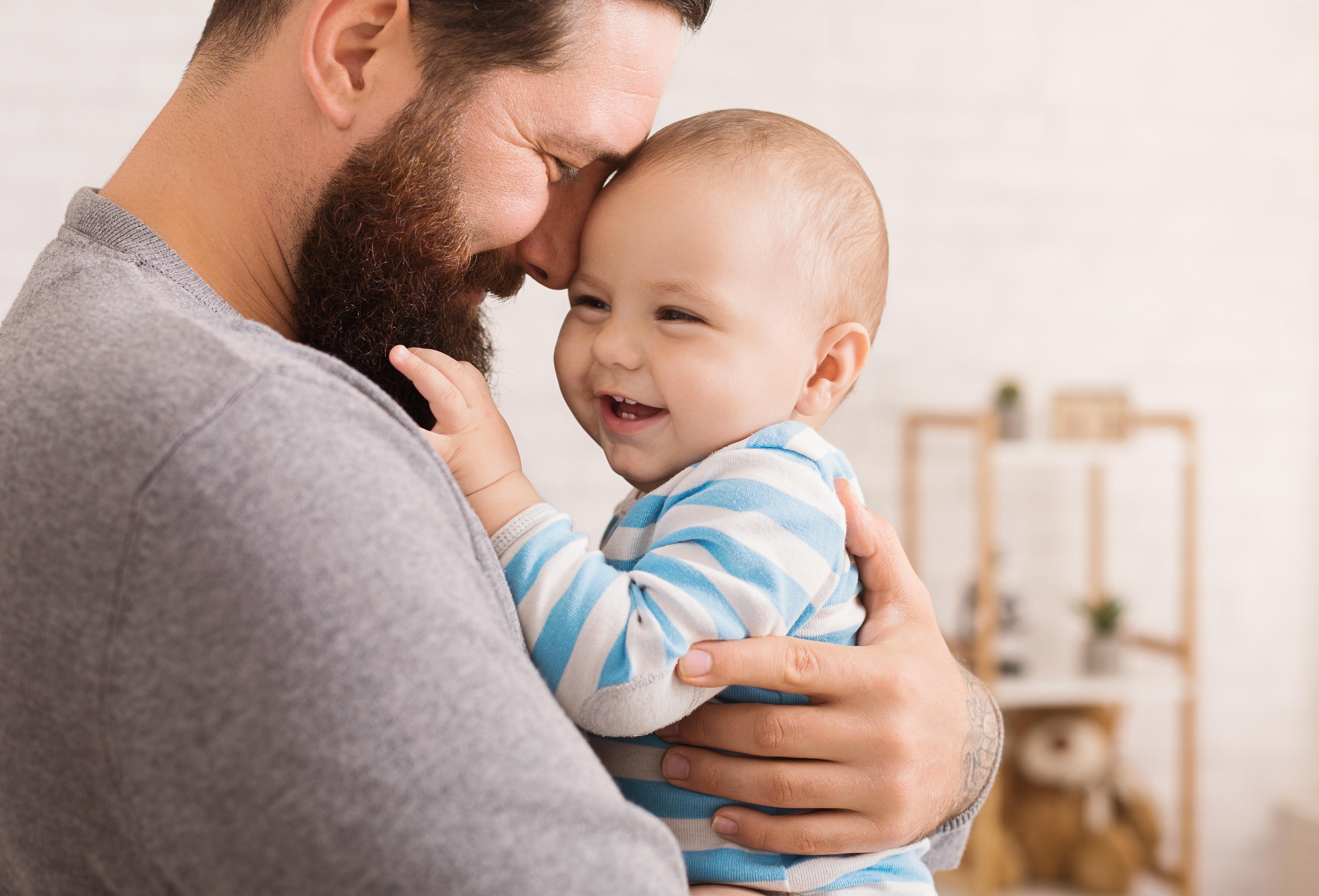 L'étude décrypte un mécanisme souvent invoqué dans la transmission de l'expérience paternelle à la progéniture, un mécanisme « non ADN » ou épigénétique qui passe par des modifications d'expression génétique, et par le sperme (Visuel Adobe Stock 245699145)