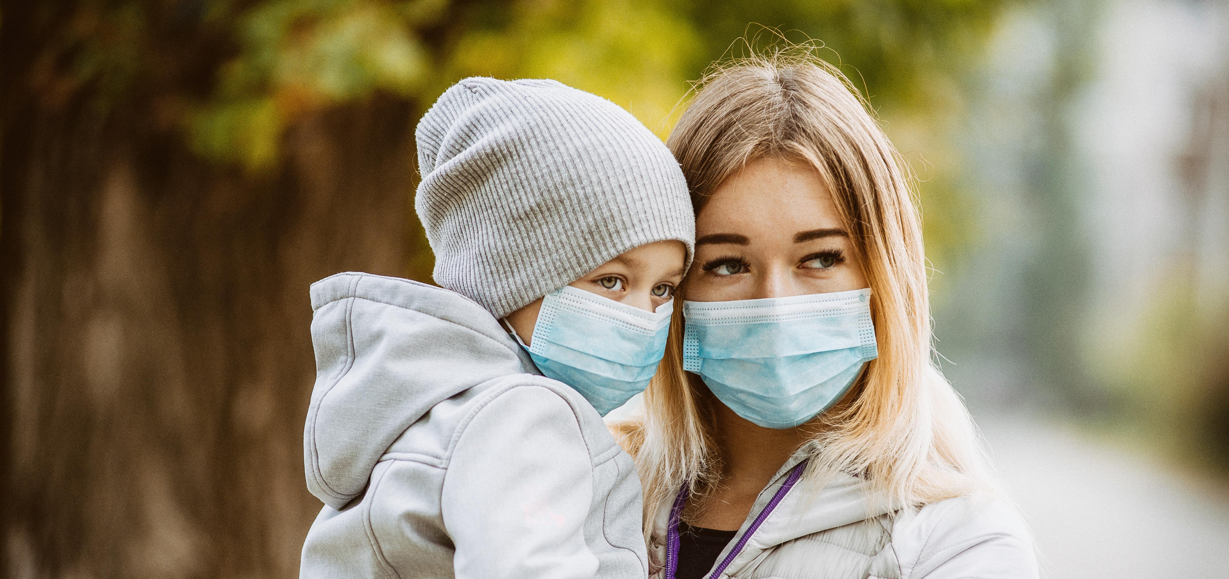 La pollution de l'air au début de la vie et durant l'enfance peut contribuer à la dépression, à l'anxiété et à d'autres problèmes de santé mentale à l'adolescence.