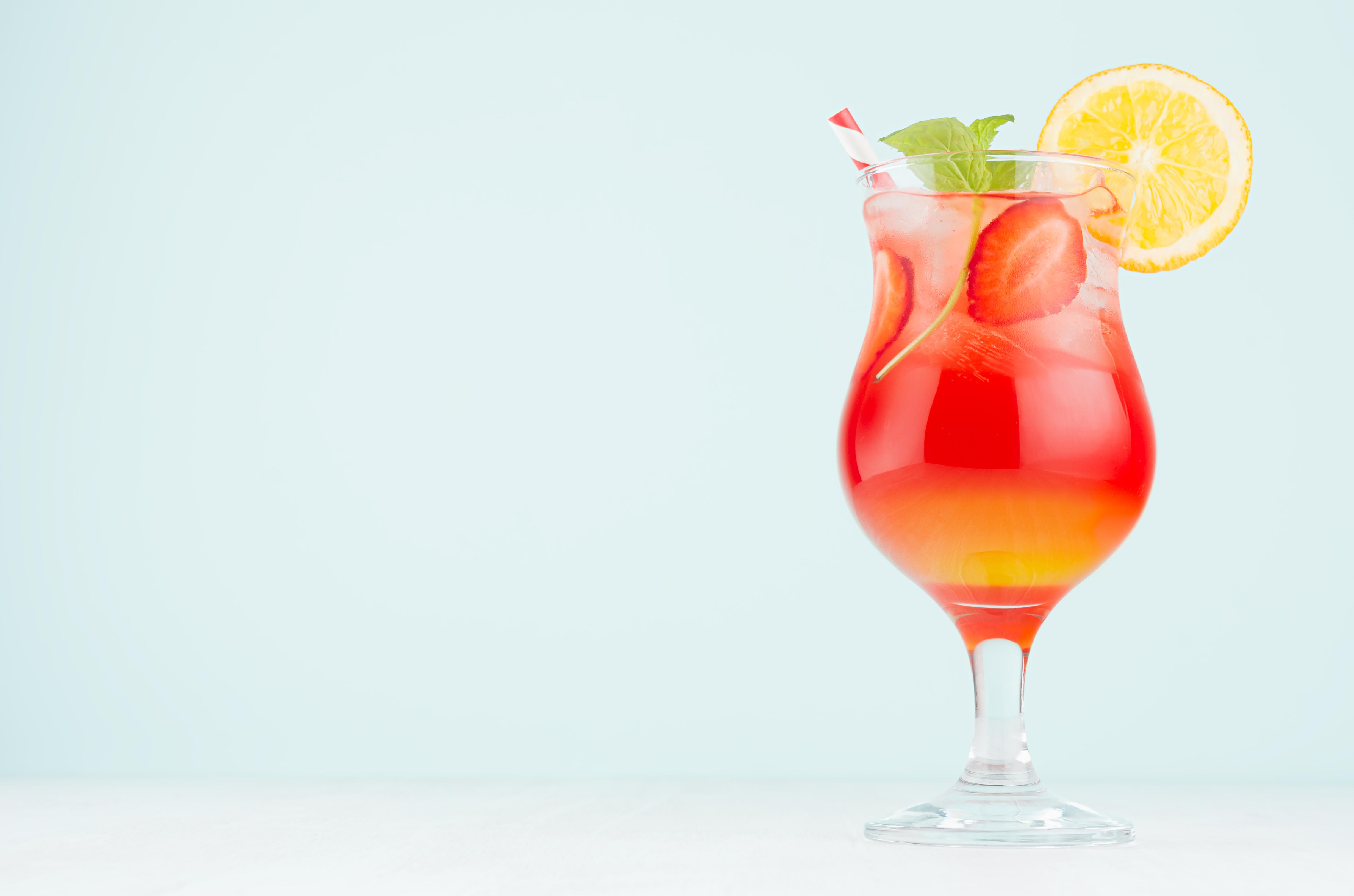Les personnes présentant le risque de récidive de MCV le plus faible consomment entre 6 et 8 grammes d'alcool par jour (Visuel Adobe Stock 266153010)