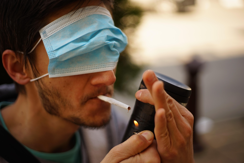 L'impact du tabac sur le développement du COVID-19 est difficile à cerner par des études cliniques et requiert des études in vitro et in vivo chez l'animal (Visuel Adobe Stock 363195079)