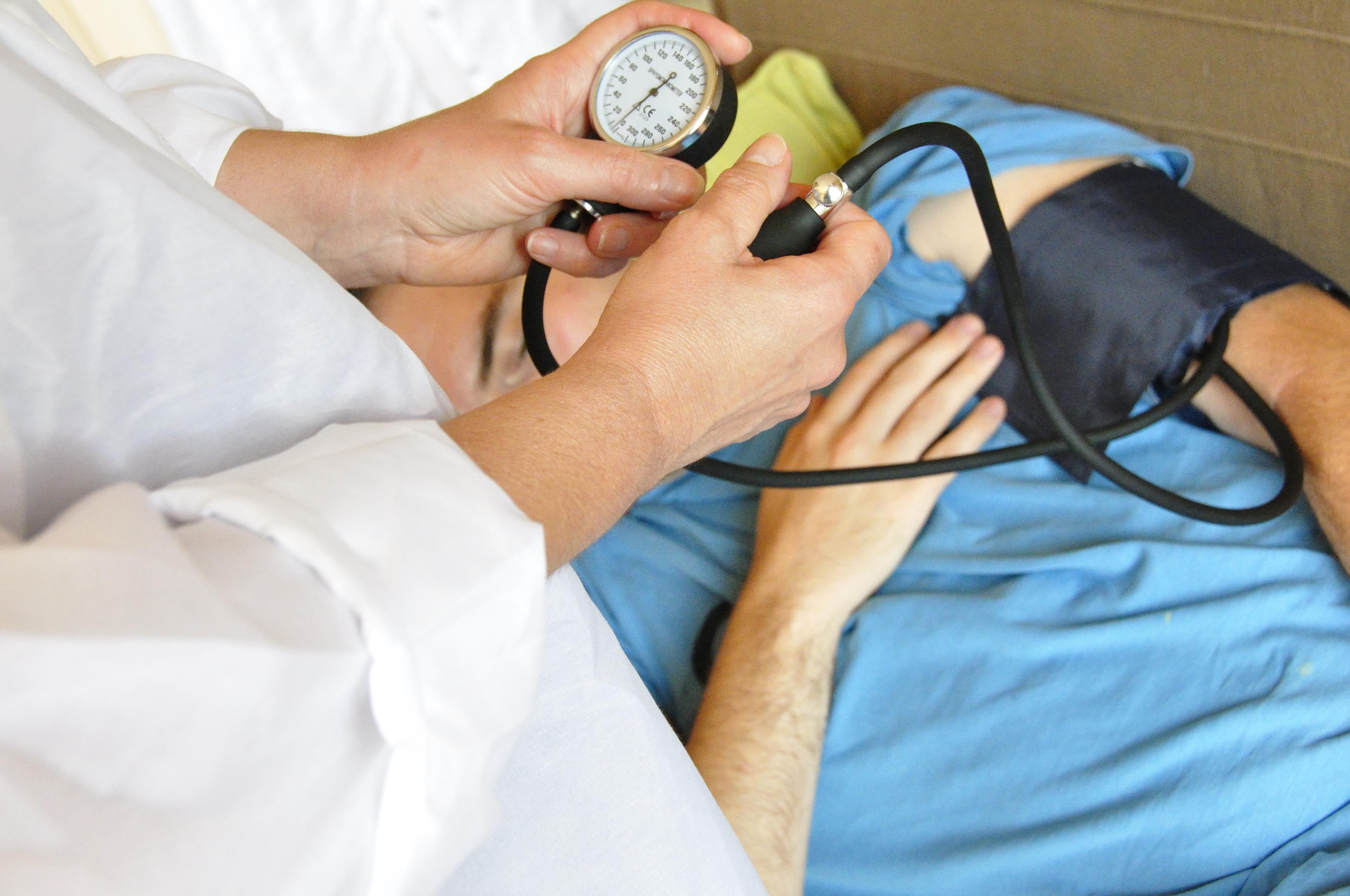 La pression diastolique ou tension artérielle mesurée lors de la phase de relâchement du cœur apparaît corrélée avec la fatigue dans la maladie de Parkinson