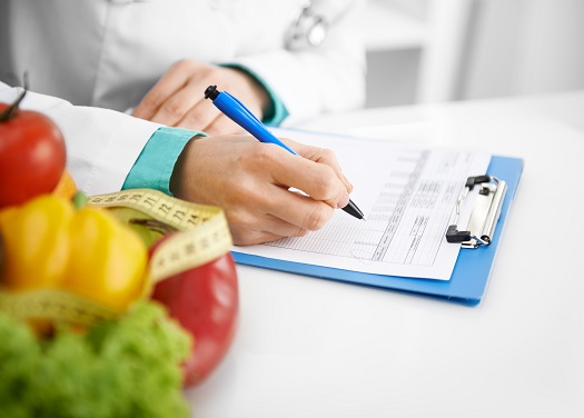Il ne s'agit pas de redonner aux personnes en surpoids ou obèse, une taille unique car il n'existe pas de « format » idéal et adapté à chacun. Il n'existe pas non plus de traitement miracle.