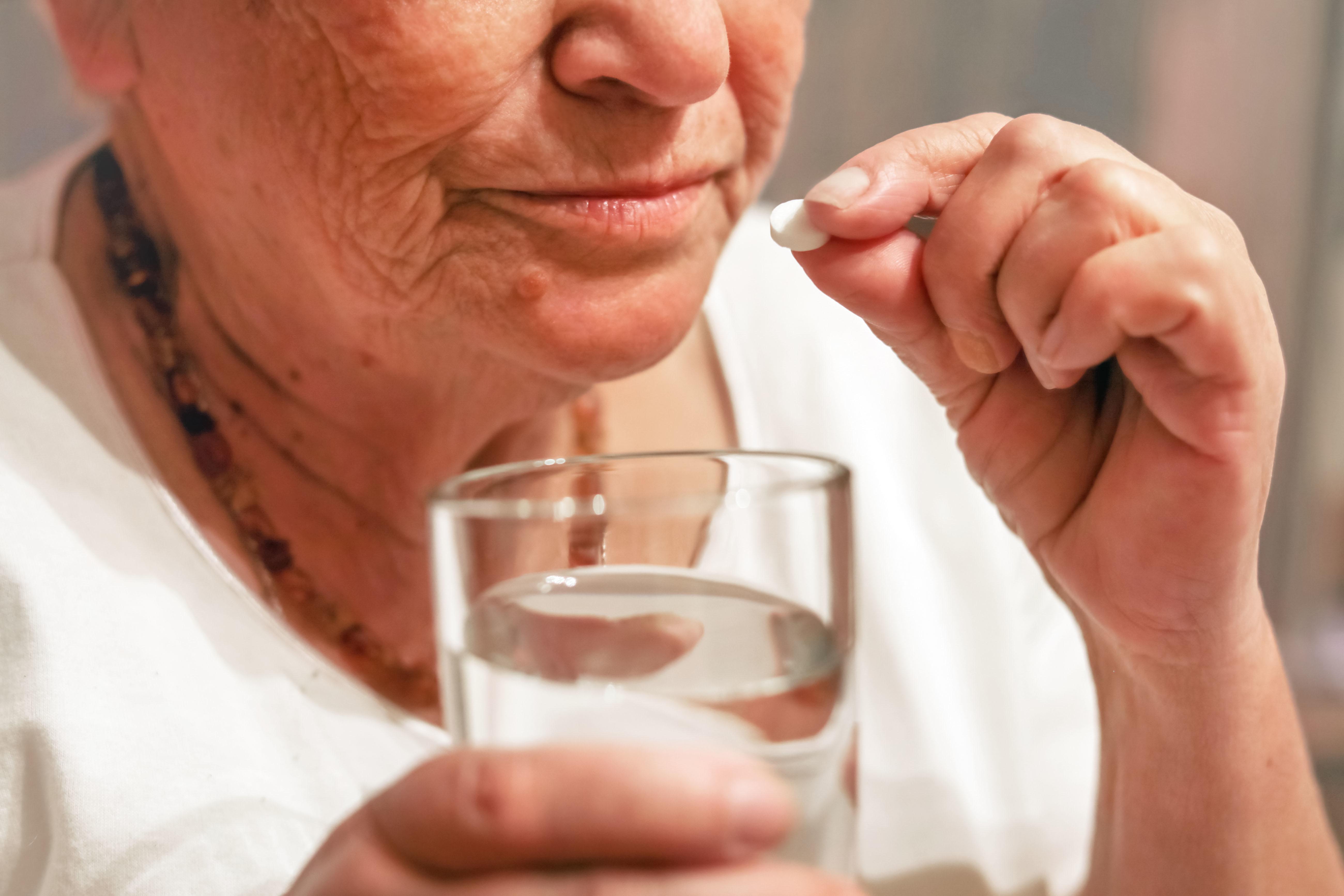 L'utilisation généralisée des statines et les nouvelles techniques de dépistage du cancer, pourraient avoir considérablement réduit « la valeur ajoutée » de l'utilisation de l'aspirine en prévention primaire des maladies cardiovasculaires et du cancer.