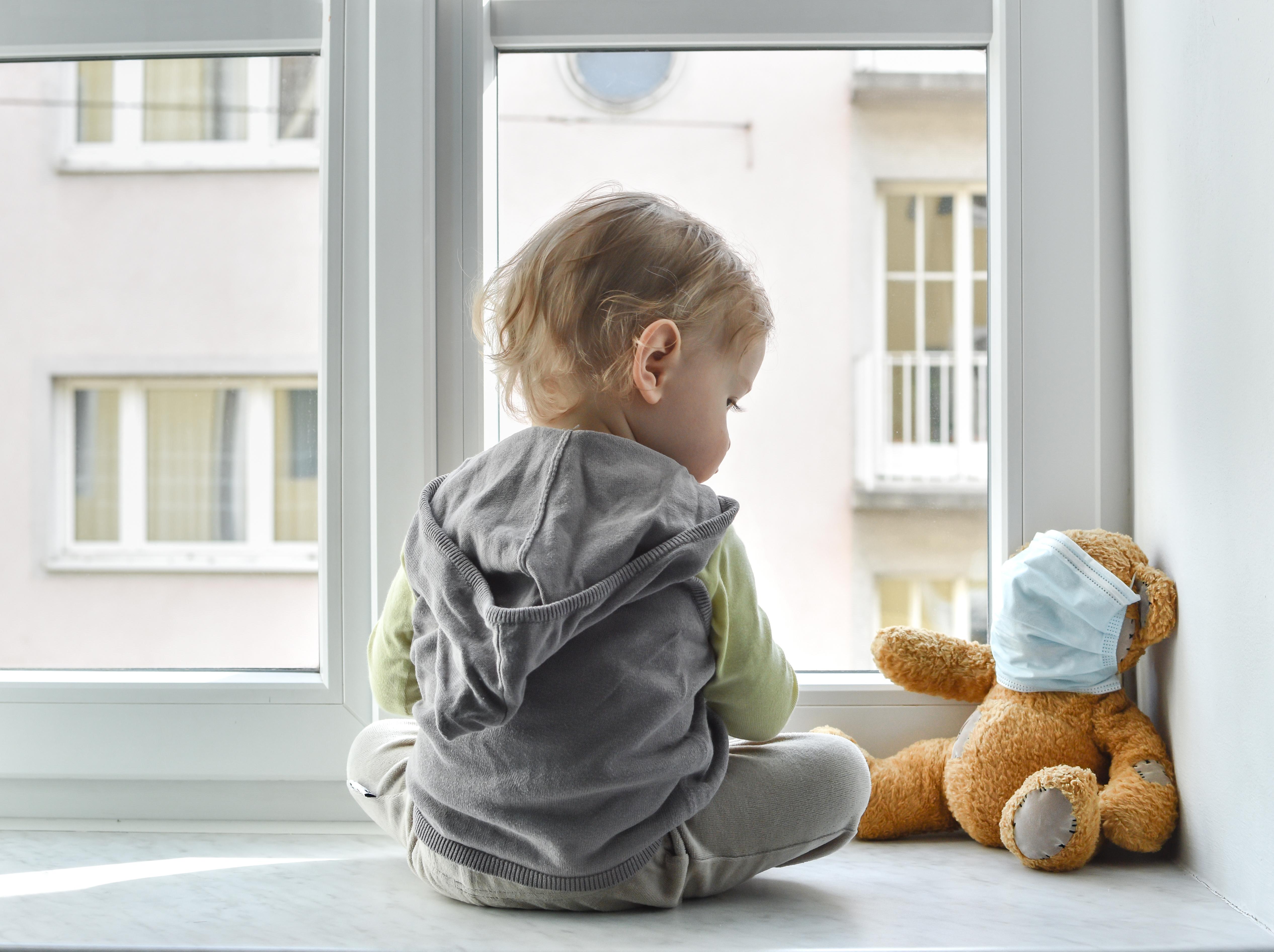 Chez l'Enfant, les tout premiers symptômes ne sont pas toujours respiratoires.