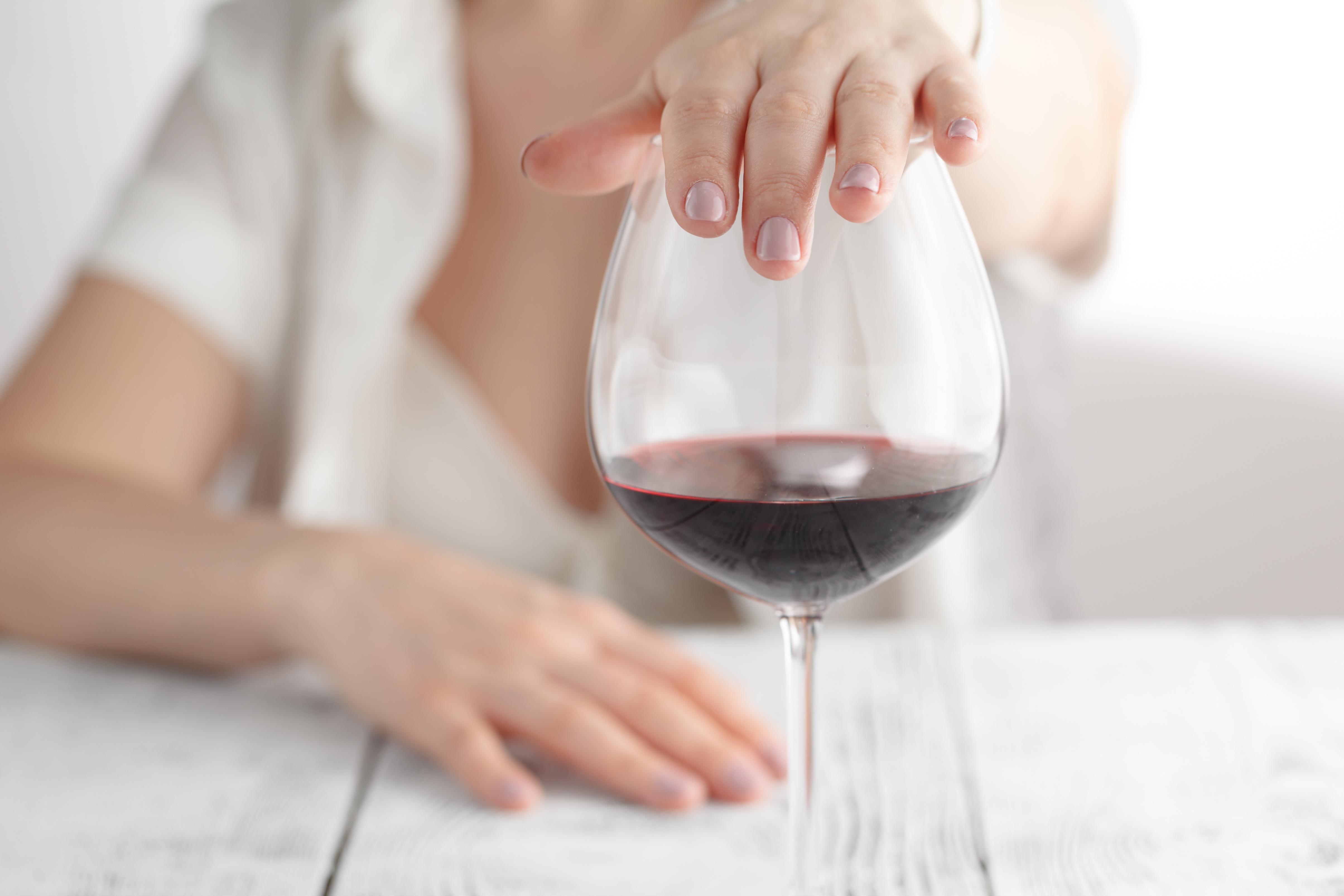 Même une consommation d'alcool définie comme à « faible risque », c'est-à-dire dans les limites de consommation recommandées peut être nocive (Visuel Fotolia)