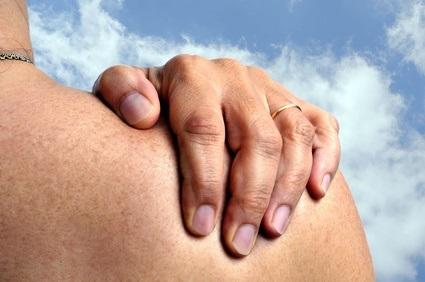 Une stimulation non invasive, par un « simple » dispositif vibrotactile, appliqué sur la branche auriculaire du nerf vague dans la cymba concha pourrait supprimer ou réduire l'inflammation chez les patients atteints de polyarthrite rhumatoïde