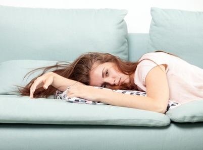 6 mois après le diaqnostic d'un COVID-19, 55% des patients COVID signalent toujours de la fatigue, 25 % un essoufflement et 26% des symptômes de dépression (Visuel Fotolia 112963598)