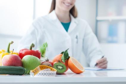 Ce qui compte finalement, c'est « de moins manger » globalement, et d'opter pour une alimentation saine avec beaucoup d'aliments frais.