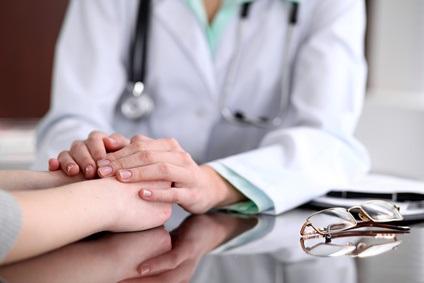 Près de 90% des femmes à risque génétique élevé de cancer du sein évitent de prendre un traitement préventif par peur des effets secondaires et parfois…par superstition