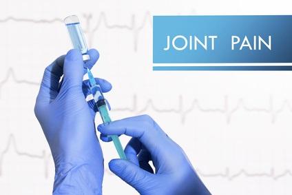 Ici, 38% des patients souffrant d'arthrose du genou ont reçu au moins une injection de stéroïdes et 13% ont reçu au moins une injection d'acide hyaluronique.