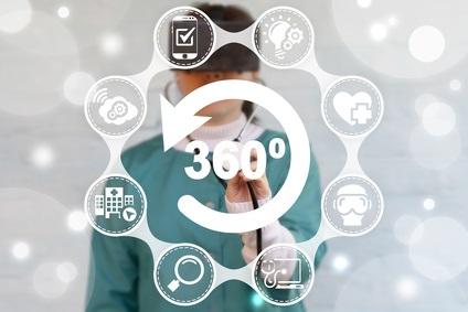 L'immersion dans la réalité virtuelle (VR) est de plus en plus utilisée en médecine, dans le traitement de la douleur, des dépendances, des phobies ou des TOC ou encore pour aider les patients en fin de vie.