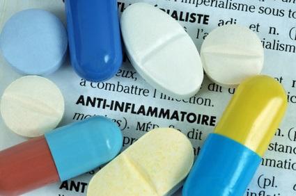 Il a été suggéré, au début de la pandémie, que l'utilisation préexistante d'anti-inflammatoires non stéroïdiens (AINS) pourrait entraîner une augmentation de la gravité de la maladie (Visuel Fotolia 163542318)