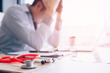 Dans quelle mesure êtes-vous satisfait de votre pratique de la médecine?