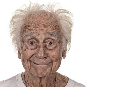 Se sentir jeune pourrait signifier que le cerveau vieillit plus lentement