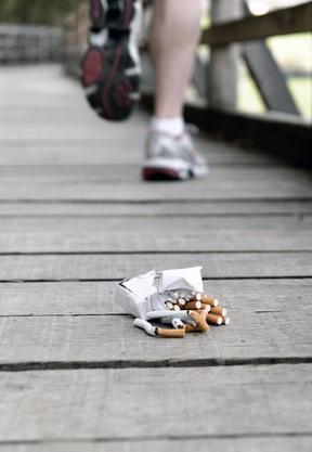 La pratique régulière de l'exercice physique est associée à une meilleure fonction pulmonaire chez les fumeurs.
