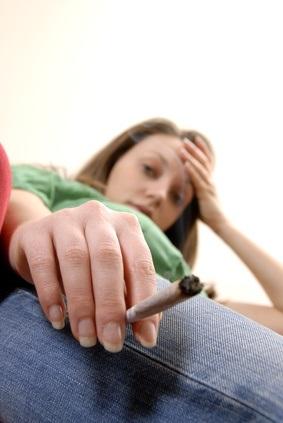 """Une consommation régulière de cannabis peut entraîner une dépendance à la substance, une dépendance qui semble naître """"sous le joug de l'habitude"""""""