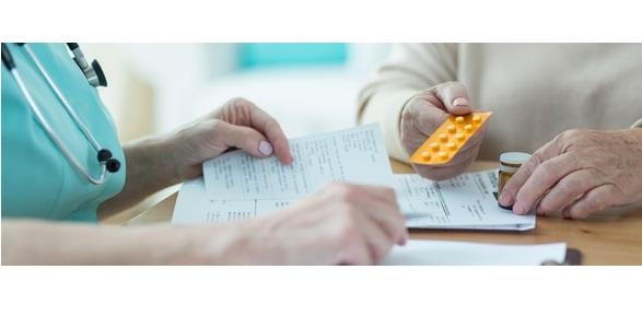 L'utilisation  à long terme des benzodiazépines a déjà été associée à une dépendance, des troubles de la mémoire et la démence.