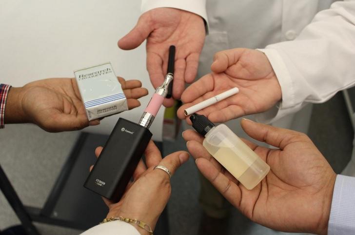 Le coronavirus attaque les poumons mais aussi le cerveau des fumeurs (TTUHSC)