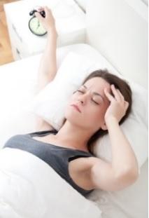 L'insomnie est le plus souvent traitée au moyen d'hypnotiques.