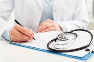 En USI, les notes des infirmiers contribuent à prédire la survie, la réadmission, ou la capacité de récupération du patient