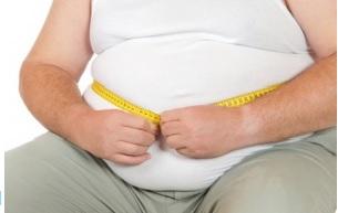 Le tour de taille est un indicateur précis du taux de graisse viscérale chez les personnes âgées