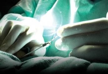 Après le Le neurofeedback, la stimulation cérébrale profonde se montre prometteuse dans le traitement des acouphènes