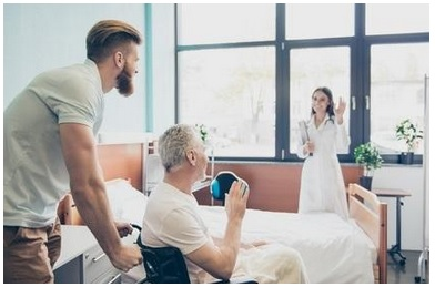 De nombreux patients âgés souffrant d'insuffisance cardiaque pourraient être renvoyés trop tôt chez eux depuis les services de soins infirmiers qualifiés (services de soins de suite et de réadaptation - SSR)