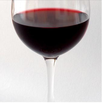 En France, la consommation de vin a plutôt diminué ces 30 dernières années.