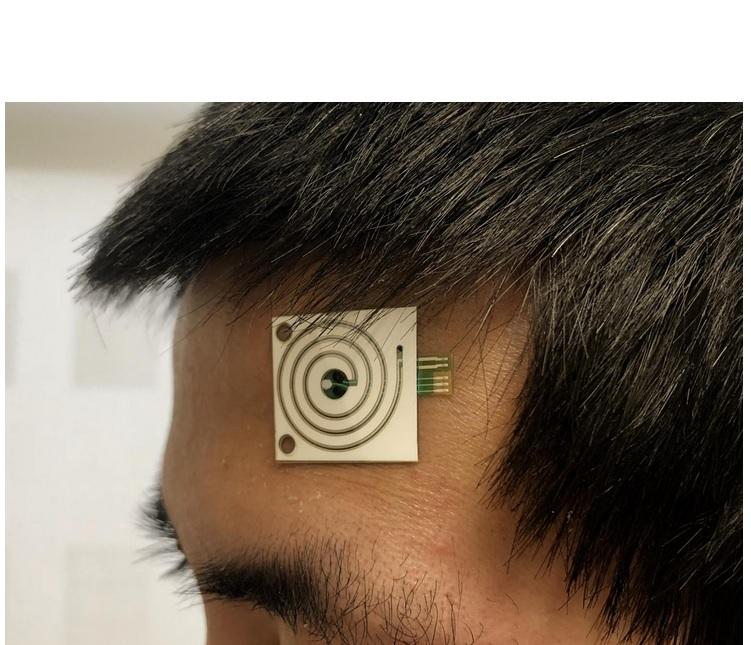 Grâce à ces patchs portables, nous sommes capables de collecter en continu des données de différents sites du corps