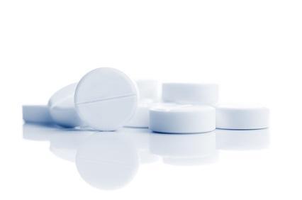 Les directives cliniques rappellent les avantages de l'aspirine pour prévenir les crises cardiaques et les accidents vasculaires cérébraux chez les personnes souffrant de maladies vasculaires telles que les coronaropathies.
