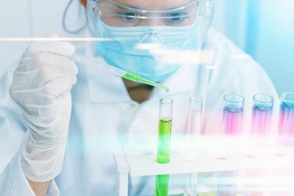 Les chercheurs montrent, en effet, pour la première fois, sur un modèle animal, que la pathologie tau, le deuxième type de lésion cérébrale chez les patients atteints de la maladie d'Alzheimer peut être inversée par un médicament.