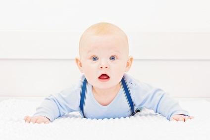 Les mères qui répondent aux mimiques faciales des nourrissons signalent des liens plus forts avec leurs bébés