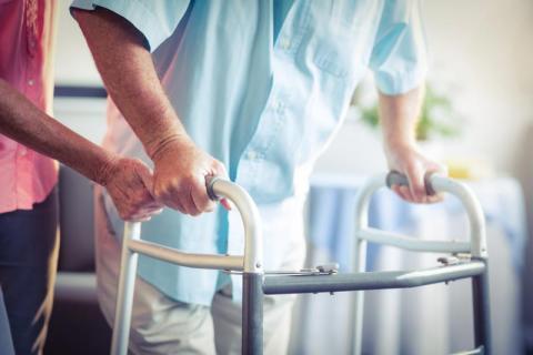 Aide à la mobilité de la personne âgée