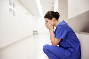 Le syndrome de stress traumatique peut-il accroître le risque de maladies cardiaques et de cancer ?
