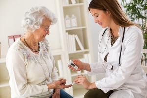 La nutrition est probablement l'ingrédient manquant dans les soins et le maintien à domicile des patients