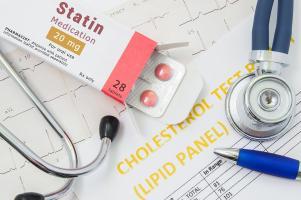Les statines contribuent à éliminer une partie du cholestérol dont le virus a besoin pour infecter les cellules hôtes (Visuel Adobe Stock 169866578)