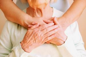 C'est un appel à une meilleure prise en compte des personnes âgées dans la réponse mondiale à COVID-19