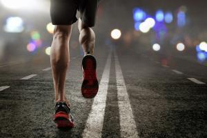 Un exercice d'intensité modérée, peu de temps avant le coucher, n'affecte pas le sommeil