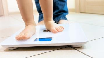 Si les personnes obèses « en bonne santé » sont plus susceptibles de développer une insuffisance cardiaque que celles de poids normal, elles n'encourent pas un risque significativement accru de crise cardiaque ou d'accident vasculaire cérébral (AVC) (Visuel Adobe Stock 202327579)