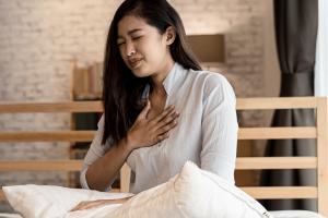 L'horloge biologique joue un rôle clé dans la gestion de l'asthme (Visuel Adobe Stock 343900925)