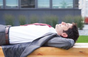 Une sieste par jour éloigne l'hypertension artérielle