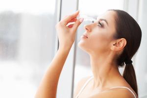 De toutes nouvelles gouttes oculaires à base d'anticorps prometteuses pour le traitement de la sécheresse oculaire