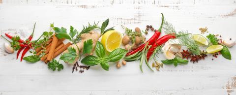Quelques épices contre les brûlures d'estomac ? (Visuel AdobeStock_169638506)