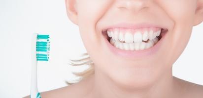 Il a déjà été établi que le peroxyde d'hydrogène peut pénétrer dans l'émail et la dentine.
