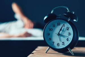 Des preuves préliminaires que le sommeil pourrait être un facteur régulant les niveaux de bêta-amyloïde dans le cerveau et donc le risque de maladie d'Alzheimer ?