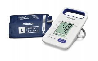 Afin d'améliorer le dépistage de l'hypertension et ainsi prévenir les éventuels risques qui y sont liés, la mesure de la pression artérielle doit faire partie de l'examen clinique de routine chez l'adulte au cabinet (Visuel OMRON)