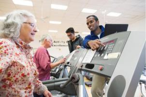 Les personnes âgées qui pratiquent le HIIT bénéficient d'une augmentation substantielle de la mémoire