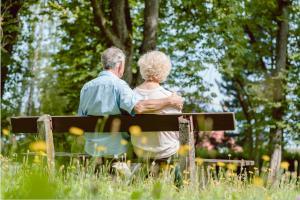 Au moment de la retraite, faire le choix d'une mutuelle senior adaptée est déterminant pour un vieillissement en bonne santé.