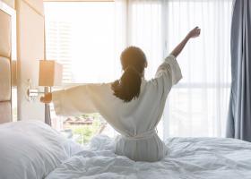 Après une nuit de sommeil plus courte, les gens réagissent plus émotionnellement aux stimuli stressants du lendemain (Visuel Fotolia)